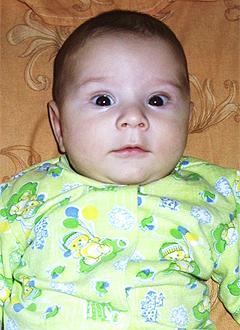 Владик Паршин, 3 месяца, врожденная двусторонняя косолапость, требуется лечение по методу Понсети. 120000 руб.