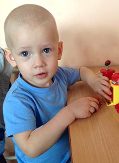 Кирилл Миронов, 2 года, острый миелобластный лейкоз, спасет пересадка костного мозга, требуются лекарства. 1788400 руб.