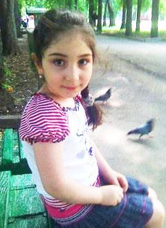 Нина Минасян, 10 лет, лимфома Ходжкина, туберкулез, требуется курс химии. 1408367 руб.