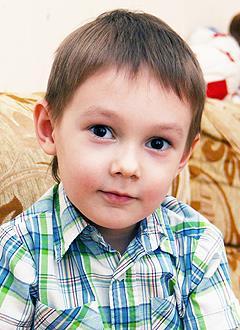 Тимур Искандаров, 5 лет, врожденный порок сердца, спасет эндоваскулярная операция, требуется окклюдер. 339200 руб.