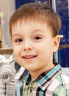 Артем Ефимов, 7 лет, врожденная левосторонняя косолапость, рецидив, требуется лечение. 151900 руб.