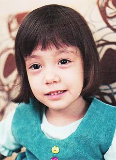 Самира Зиннатова, 6 лет, детский церебральный паралич, требуется курсовое лечение. 180000 руб.