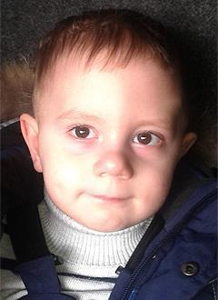 Артем Лебедев, 2 года, детский церебральный паралич, требуется лечение. 199430 руб.