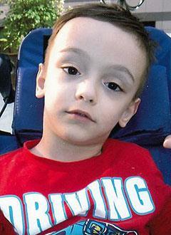 Максуд Шукуров, 6 лет, детский церебральный паралич, требуется лечение. 199430 руб.