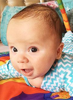 Ярослав Гальцев, 5 месяцев, деформация черепа, требуется лечение специальными шлемами. 180000 руб.