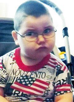 Кирилл Морев, 6 лет, детский церебральный паралич, требуется инвалидная коляска. 279822 руб.
