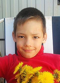Дима Алонзов, 7 лет, врожденный порок сердца, спасет эндоваскулярная операция. 322204 руб.