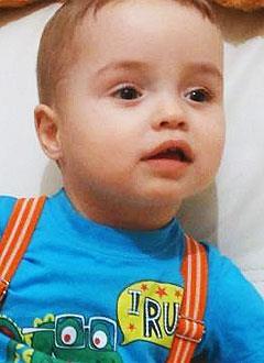 Егор Сесенков, полтора года, врожденная расщелина нёба, требуется операция. 285000 руб.