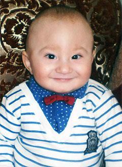 Богдан Грицак, 10 месяцев, деформация черепа, требуется лечение специальными шлемами. 180000 руб.