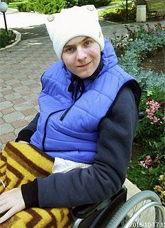 Алексей Ваценко, 17 лет, открытая черепно-мозговая травма, спастический тетрапарез, требуется лестничный подъемник. 244017 руб.