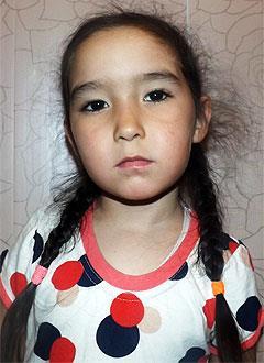Салима Киекбаева, 5 лет, врожденный порок сердца, спасет эндоваскулярная операция, требуется окклюдер. 198072 руб.