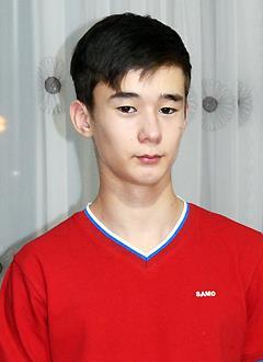 Ильнар Рахматуллин, 14 лет, двусторонняя тугоухость 2-й степени, требуются слуховые аппараты. 221926 руб.