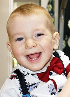 Рома Рудик, 3 года, детский церебральный паралич, требуется лечение. 125232 руб.