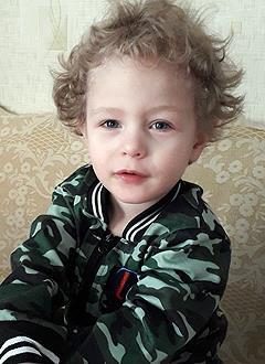 Саша Проскурин, 3 года, врожденный порок сердца, спасет эндоваскулярная операция. 339063 руб.