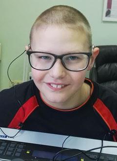 Федя Воропаев, 10 лет, двусторонняя тугоухость 3-й степени, требуются слуховые аппараты. 234884 руб.