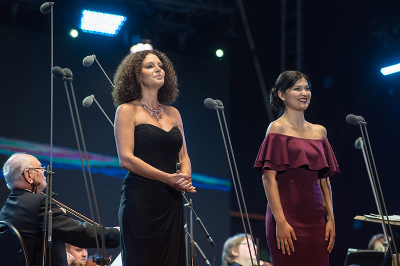Айгуль Ахметшина и Флоренс Хворостовская